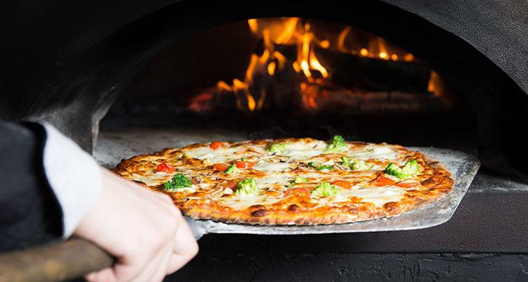 #CMCONSIGLIA – COME SCEGLIERE UNA PALA PIZZA PROFESSIONALE